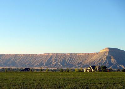 We have the world's largest flat-top mountain (copy)