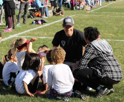 scott-baldermann-coaching-soccer-2-e1554838298548-900x0-c-default.jpg