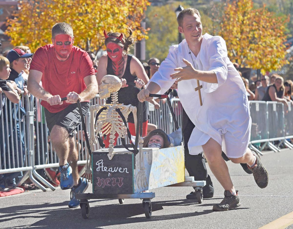 coffin races.jpg