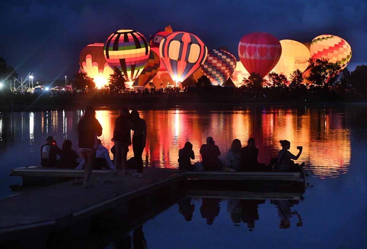 Balloon Glow (copy)