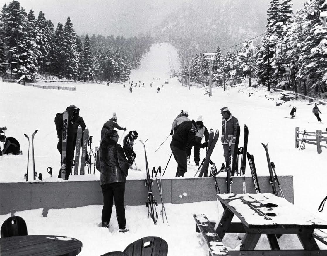 Broadmoor skiiing