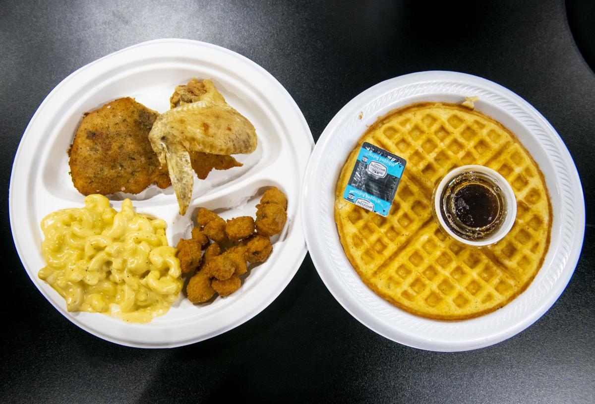 121218-food-chicken-waffles 002