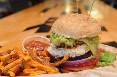 Dining review: At Bingo Burger, you won't mind getting messy