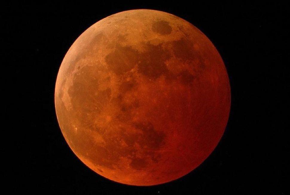 blood moon eclipse.jpg