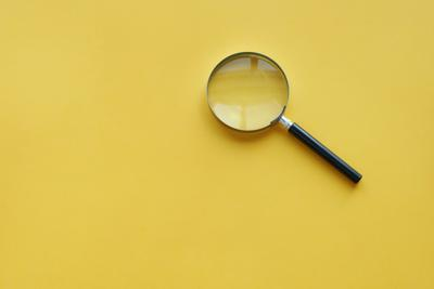 Illo -- Magnifying glass (copy)