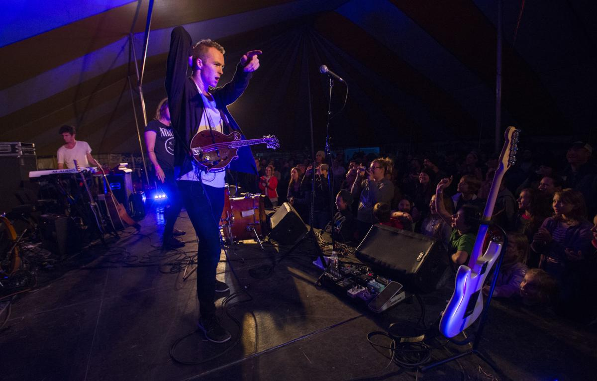 meadowgrass 2016 judah and the lion (copy)