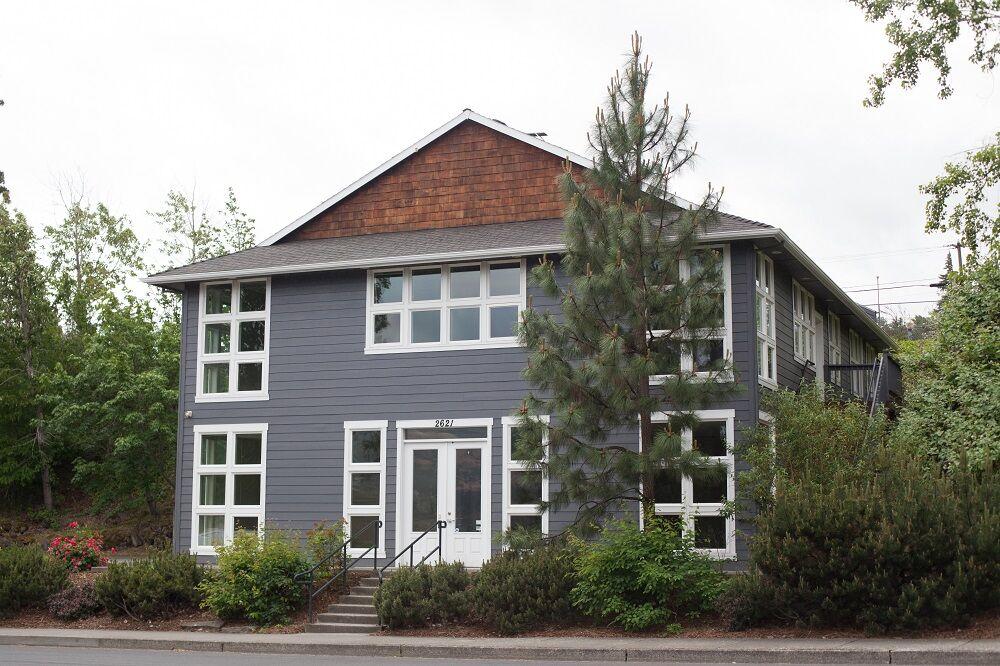 HR New School school building