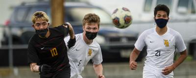 Hood River earns top seed in district boys soccer playoffs