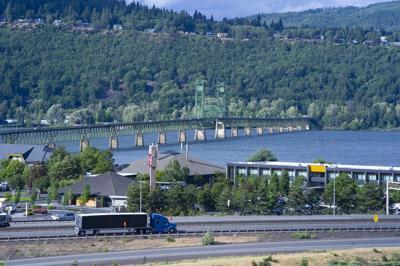 Oregon-Washington bridge