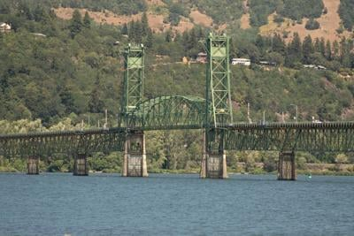 HR Bridge