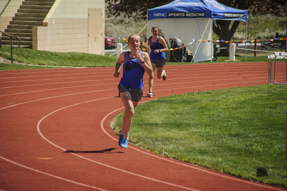 1A Track & Field in Moro May 1, 2021