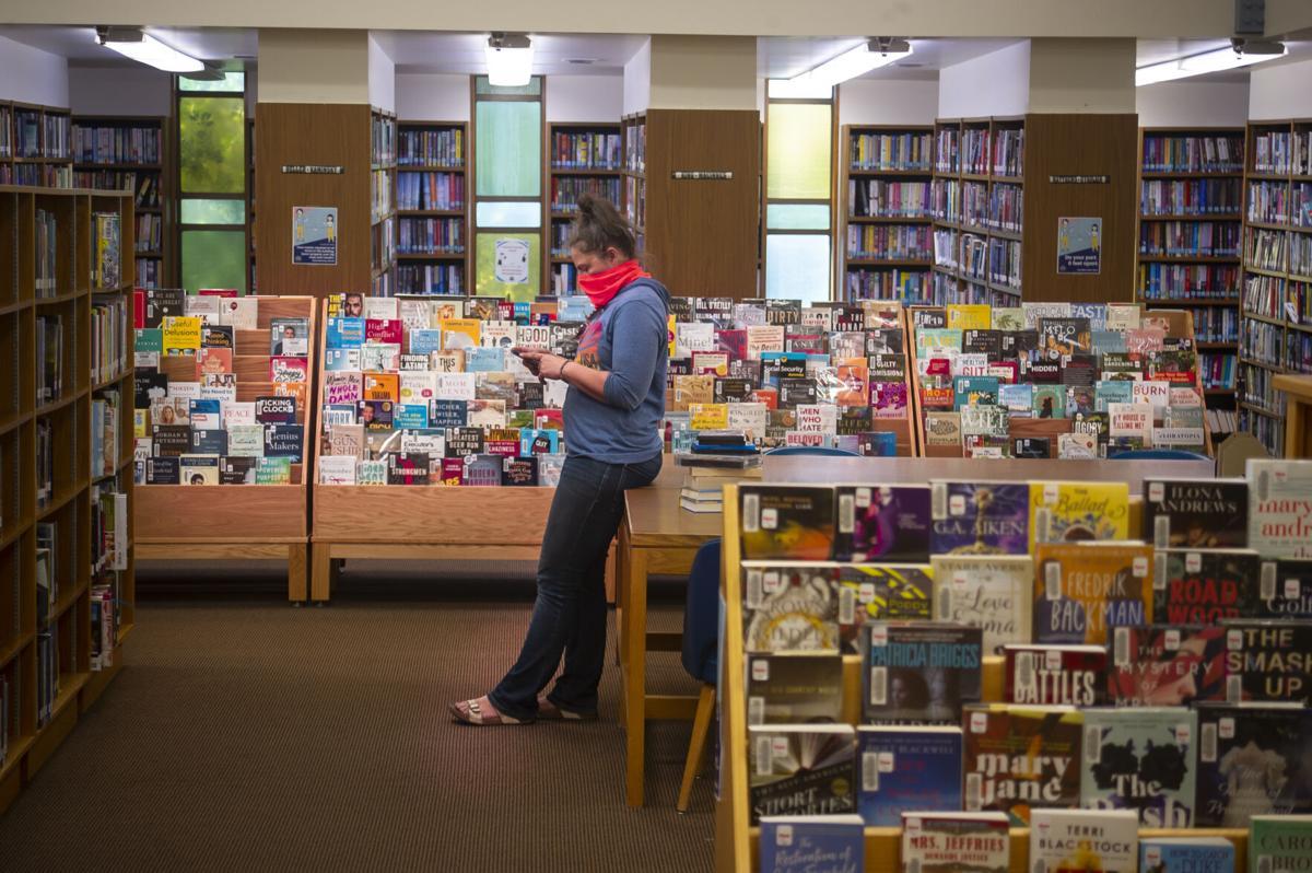 Library opening__MBG3318.jpg