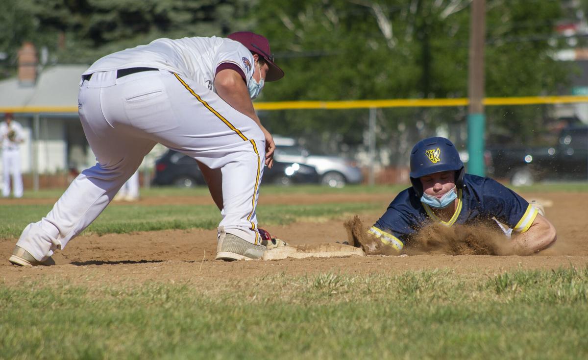 Hood River Valley versus The Dalles baseball