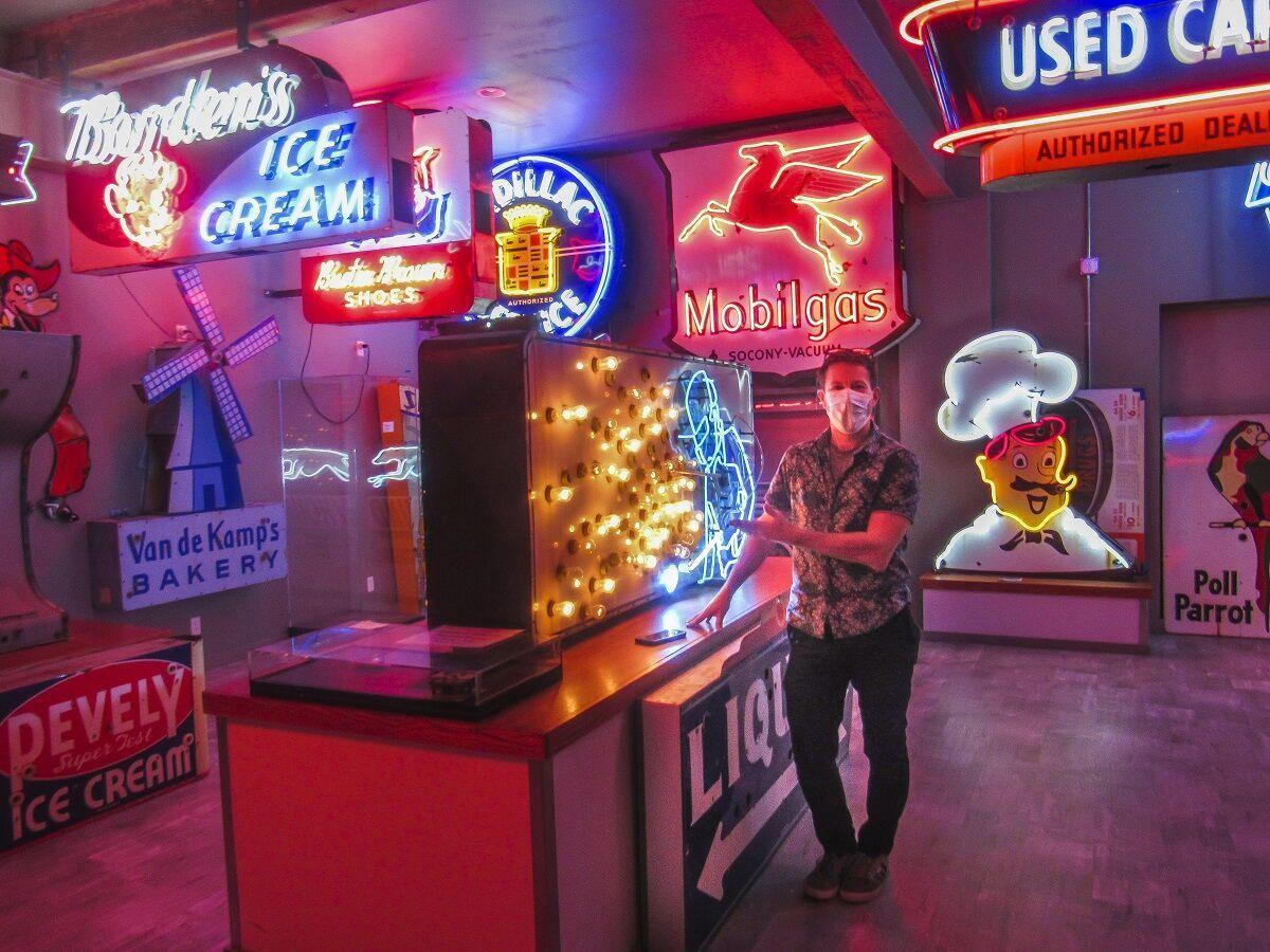 Neon Museum David Benko