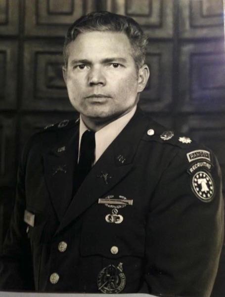 Bill Holt Army1-20.jpg