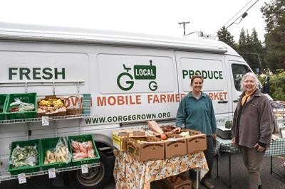 B5 mobile Farmers Market.JPG