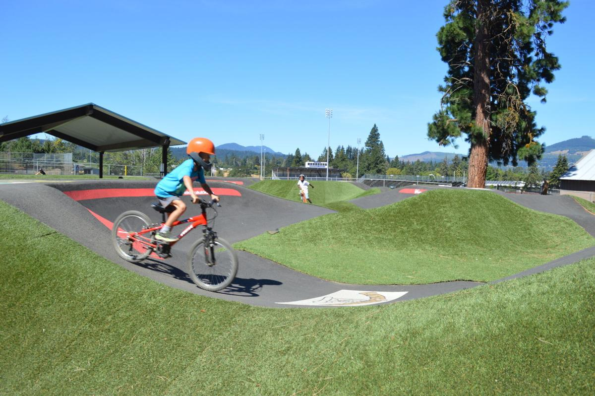 SPORTS  hr bike track 3.JPG