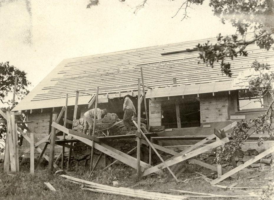 Original Crag Rat building being built in 1932