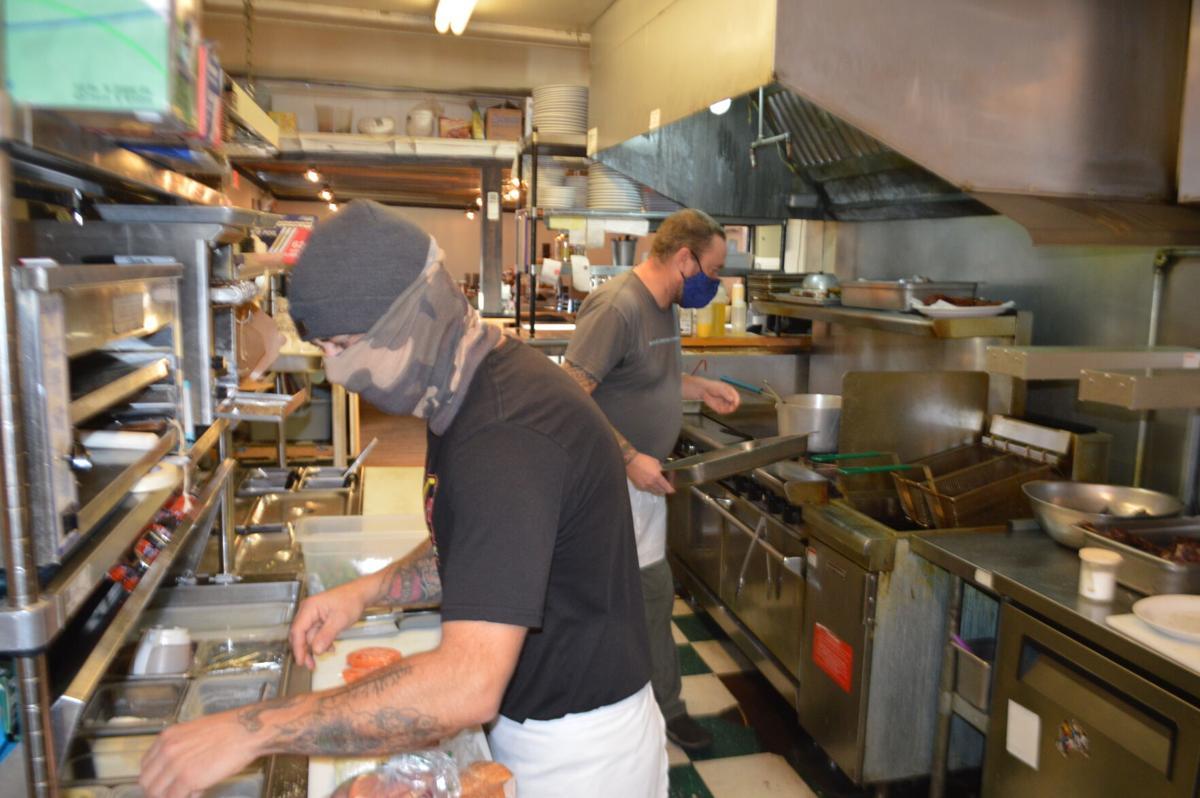 12-2 restaurants apple valley, kitchen.JPG