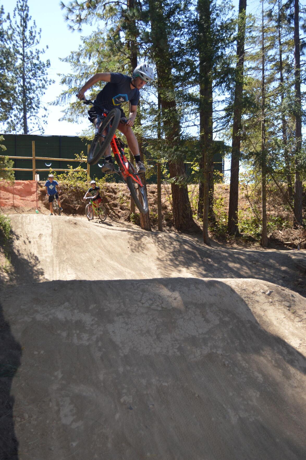 SPORTS bike track 1.JPG