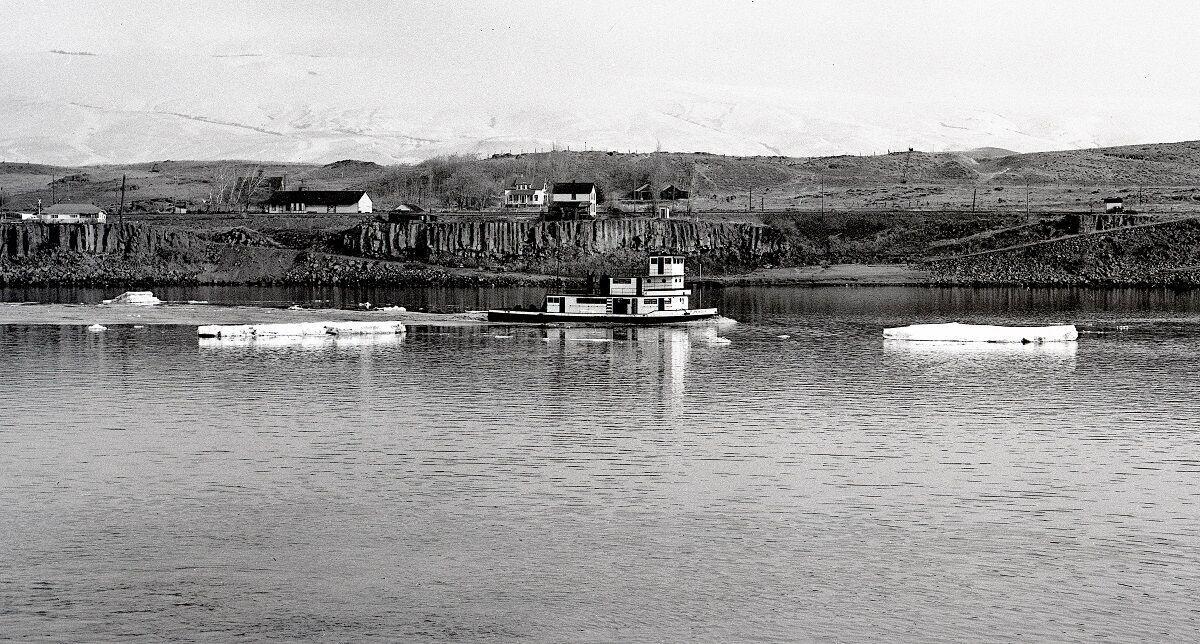January 1949 tug