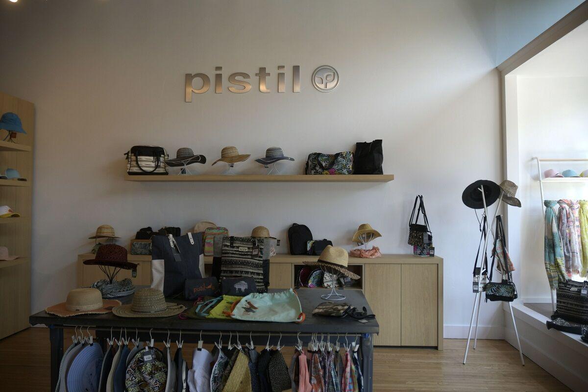 Pistil Gorge Local in Business