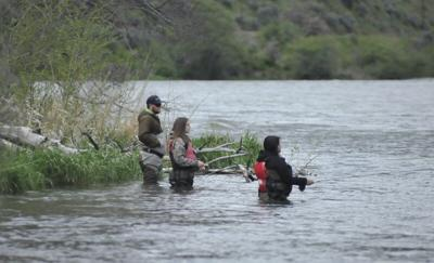 Anglers on the Deschutes River