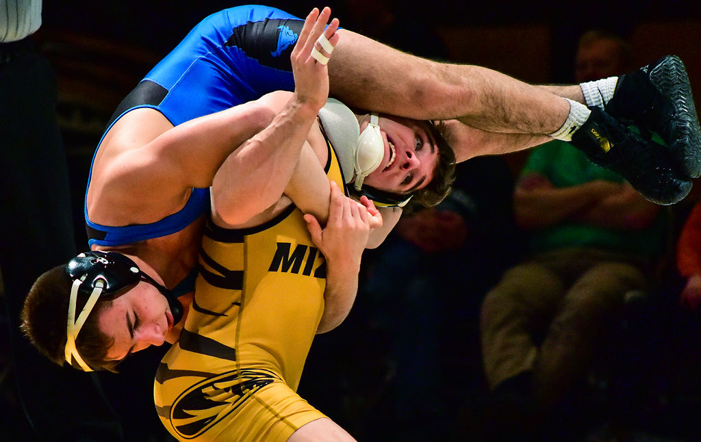Grant Leeth lifts Nick Palumbo