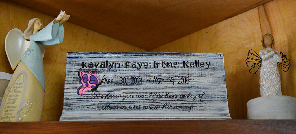A plaque in remembrance of Kavalyn Faye