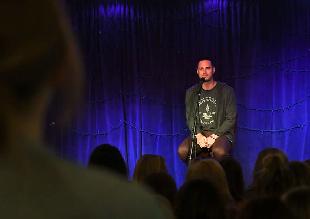 Ben Higgins speaks at Cafe Berlin
