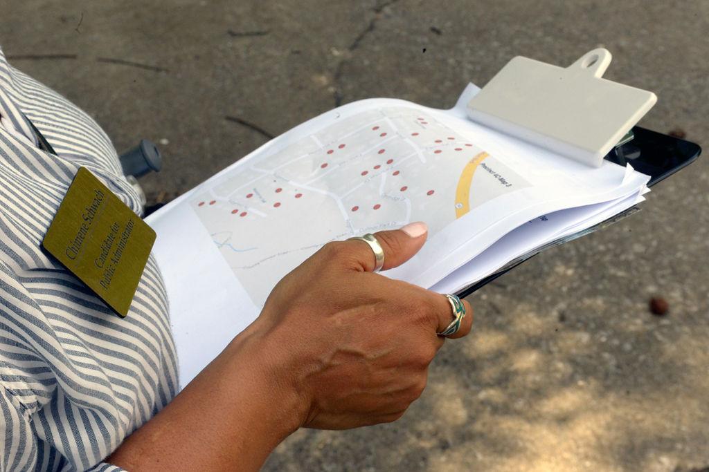 Chimene Schwach checks her map