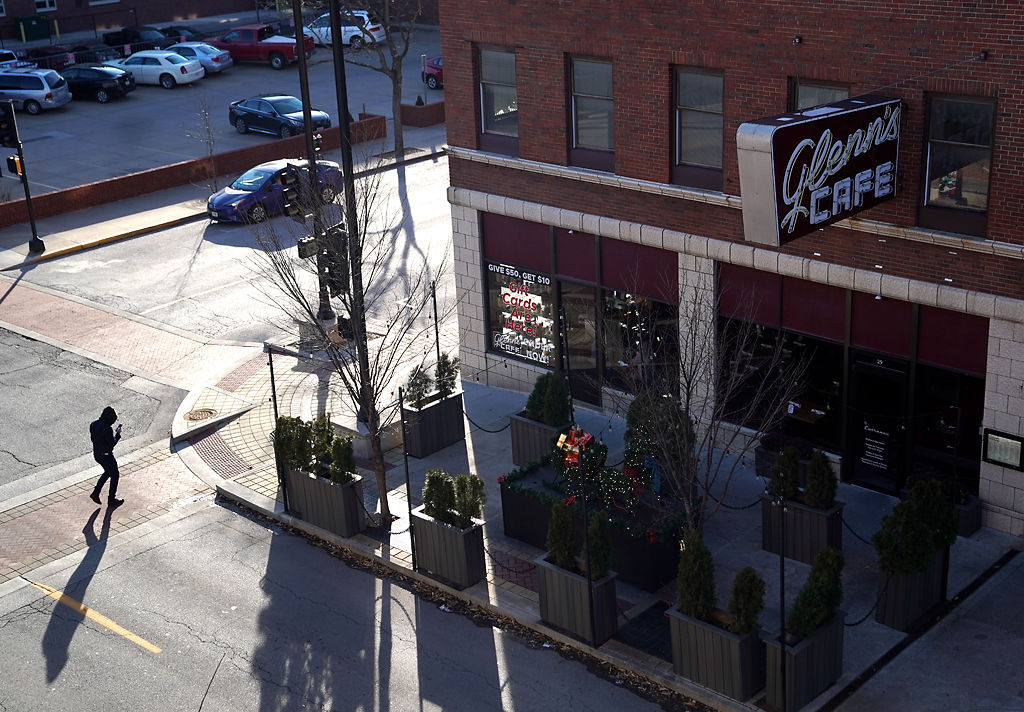 Glenn's Cafe by Cherry Street