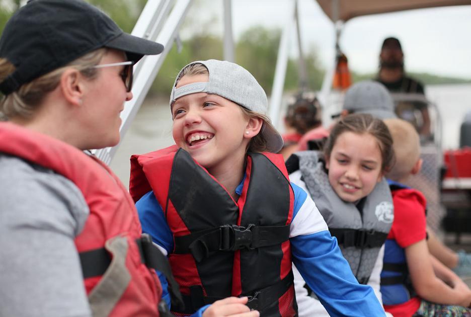 Big Muddy lesson plan: Missouri River Relief hosts fourth-graders