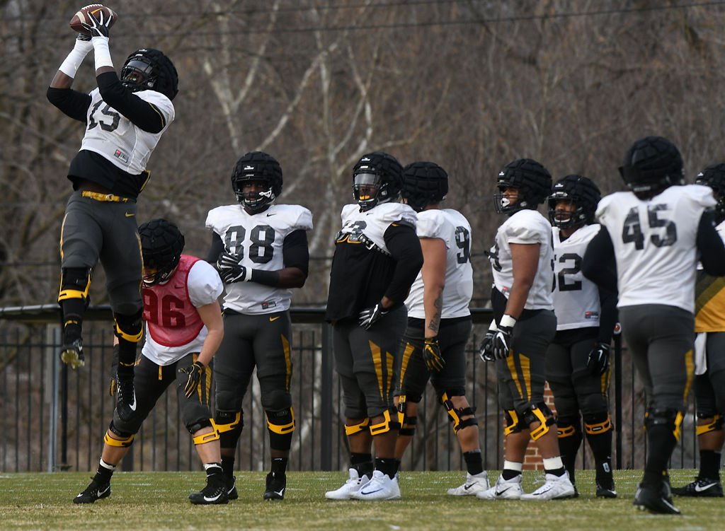 ac33c380090 PHOTO GALLERY: Missouri football still practicing as Black and Gold game  nears | Photos | columbiamissourian.com