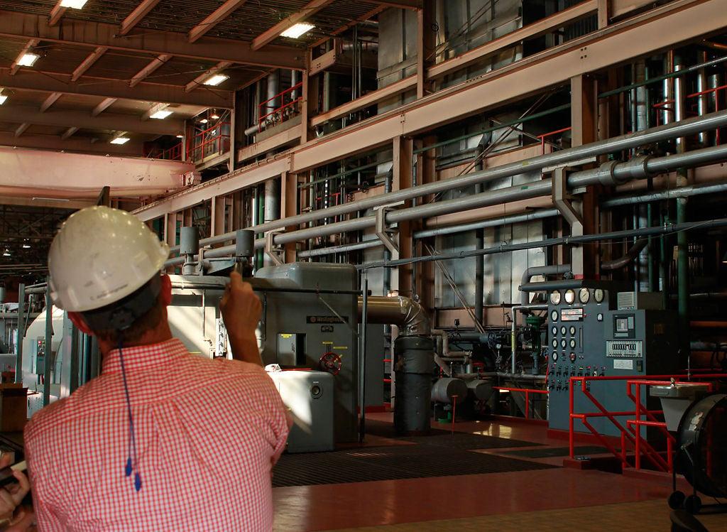 Superintendent Christian Johanningmeier tours coal plant facility