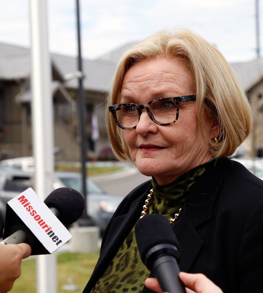 Claire McCaskill Admires Veteran Housing At Patriot Place