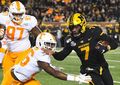 Kelly Bryant holds off (copy)