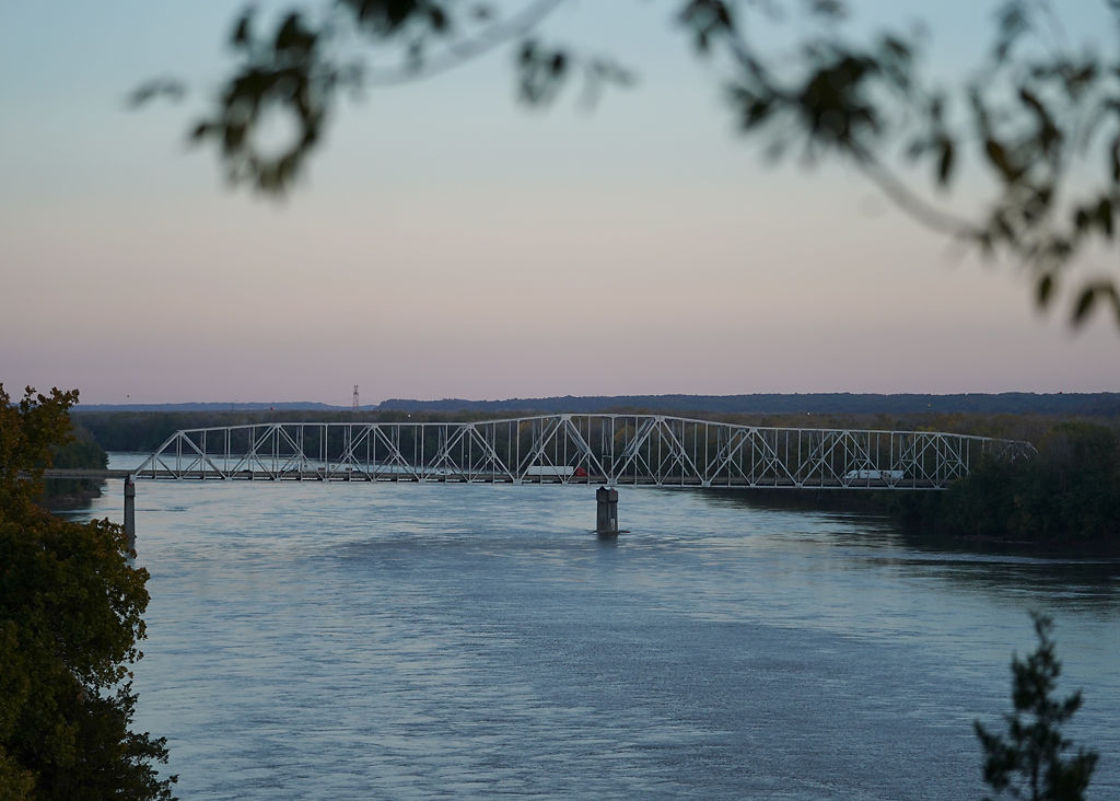 The Missouri River Bridge (copy)