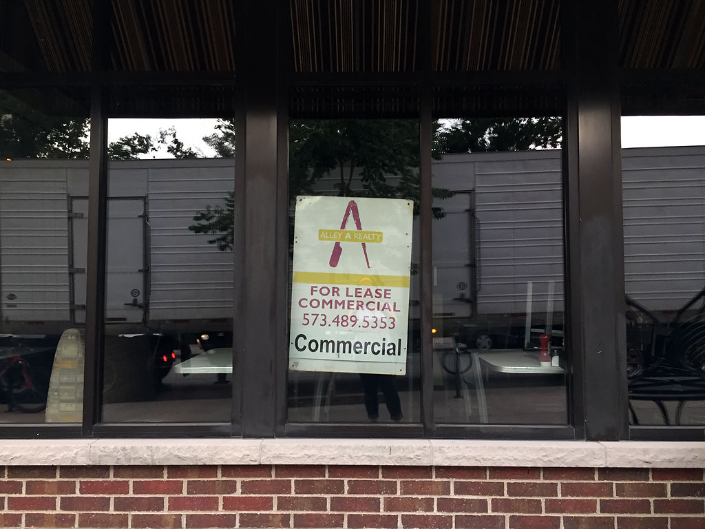 "A ""For Lease"" sign sits in the window of Ingredient"