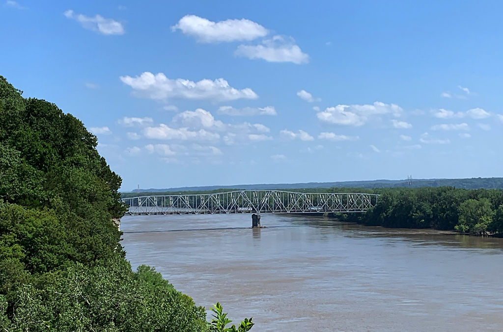 The Rocheport Bridge extends over the Missouri River