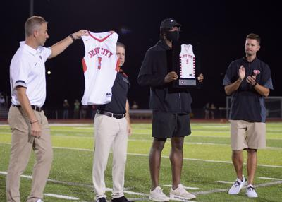 Jefferson City high school alumni OG Anunoby retires his basketball jersey
