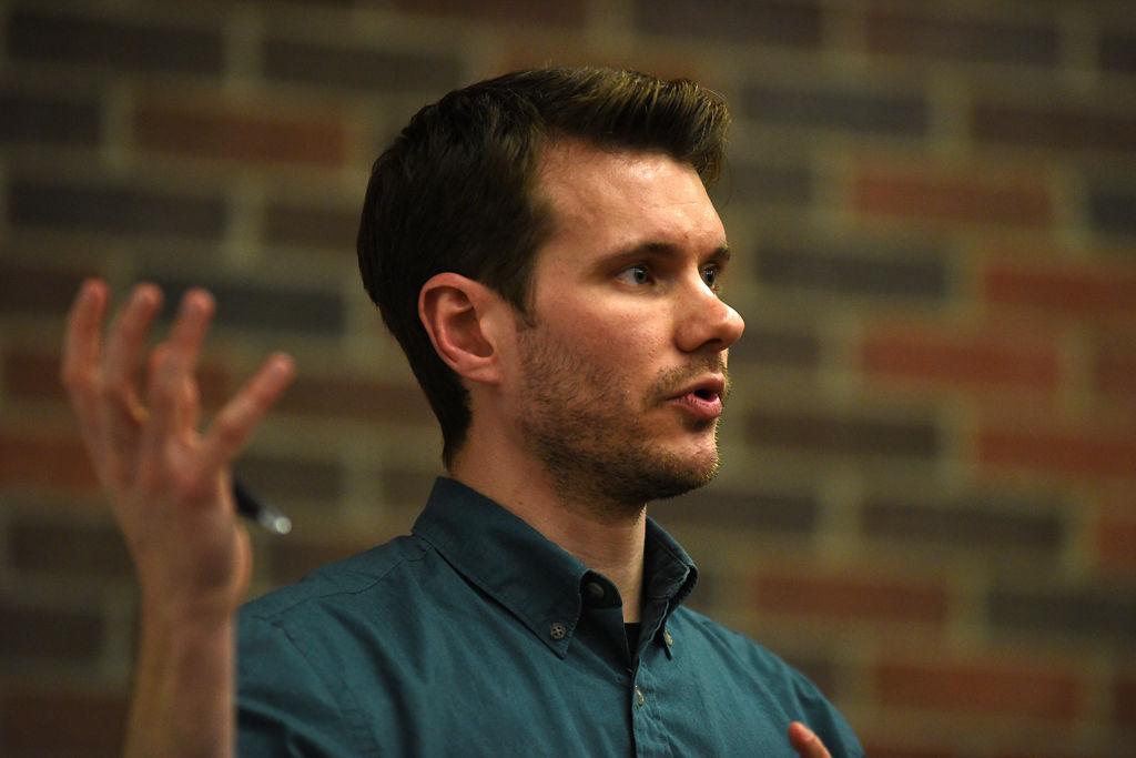 Joe Moore teaches Principles of American Journalism