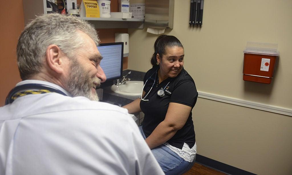 With too few residencies, Missouri medical school graduates find no