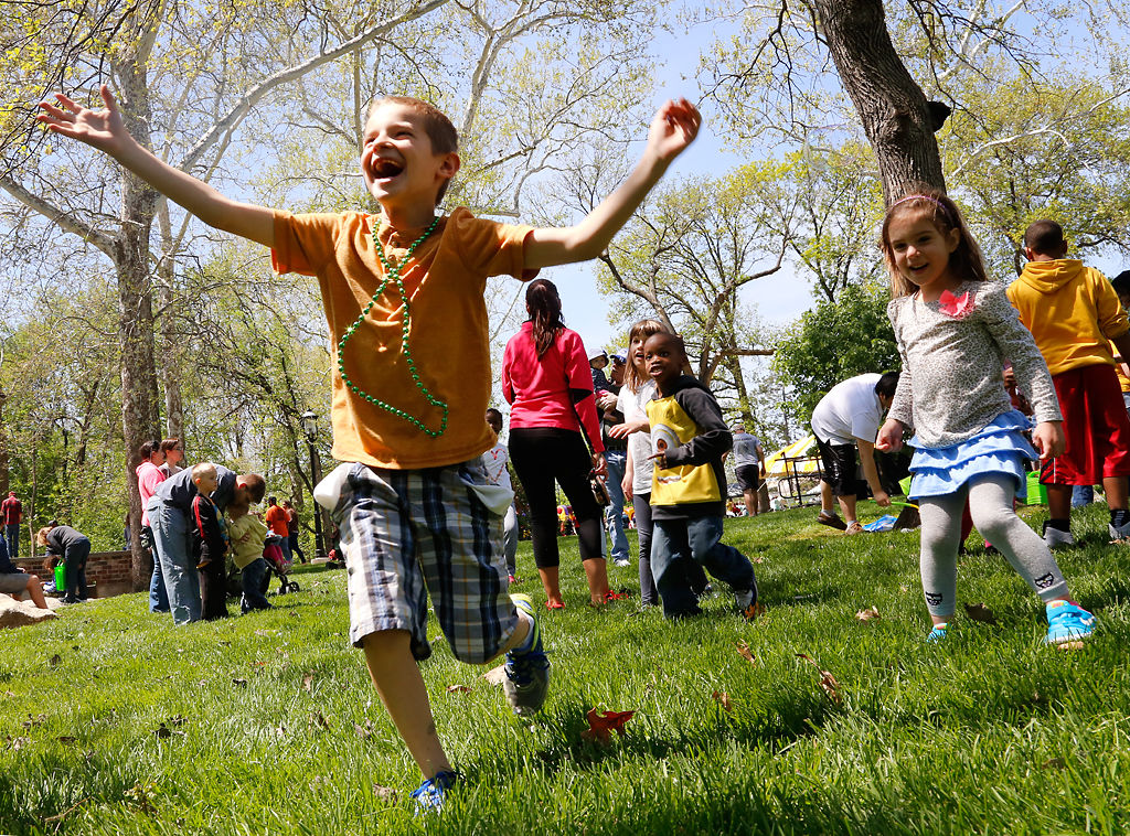 Sunny skies greet rescheduled Columbia Area Earth Day Festival