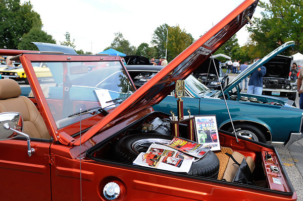 Th Annual Old Wheels Car Show Revs Up In Columbia News - Car shows tonight