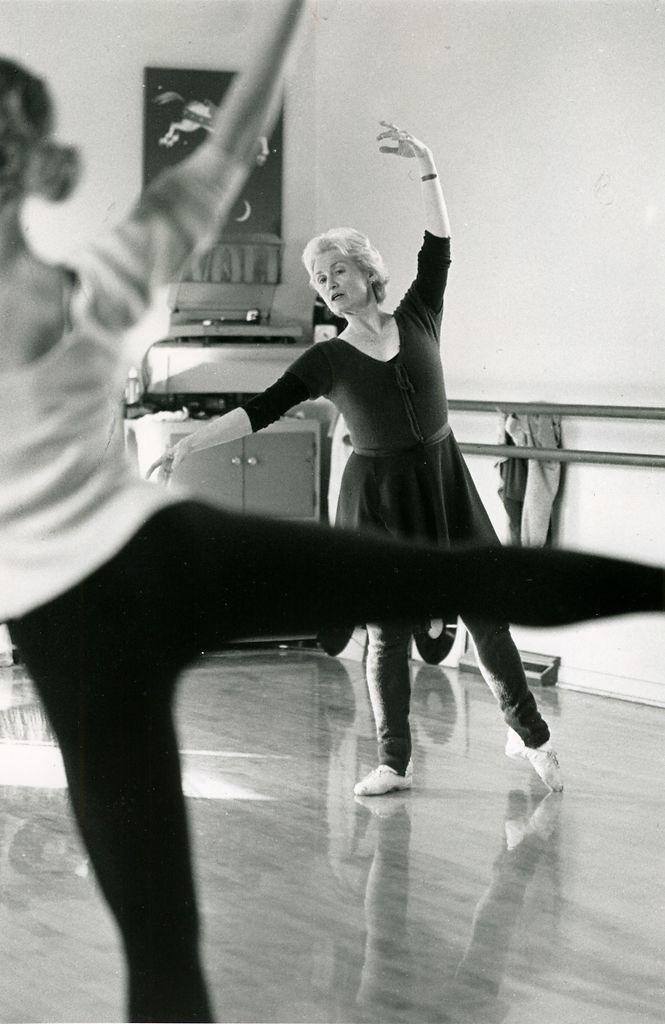Perlman dances at studio