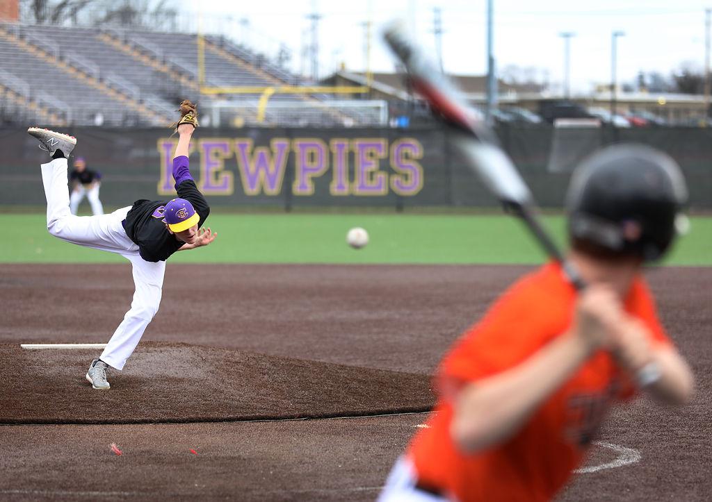 Hickman offense overpowers Kirksville in Columbia Baseball