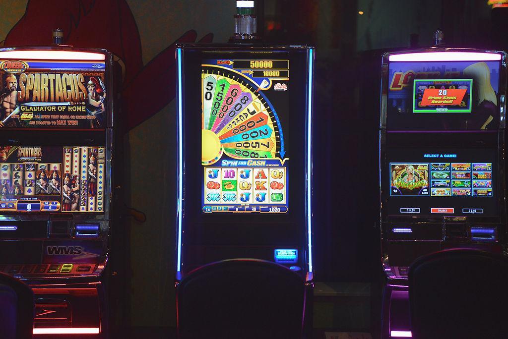 Slot Machine Wind Up