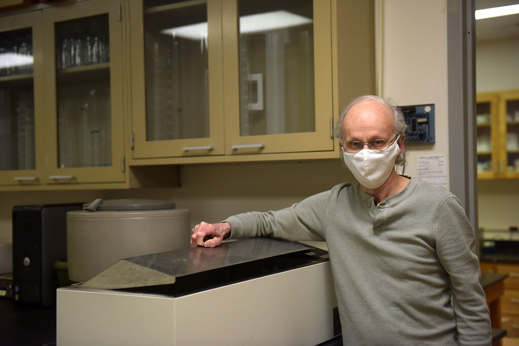 Frank Booth is a professor in the MU College of Veterinary Medicine