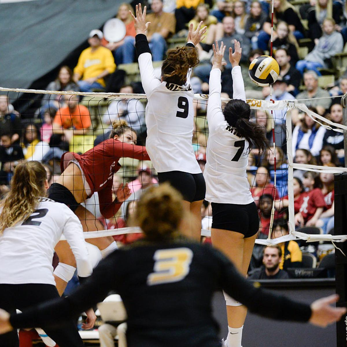 Three Missouri Volleyball Players Named All Sec Mizzou Sports Columbiamissourian Com